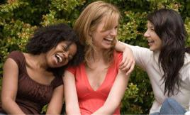 girls_laughing