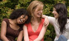 girls_laughing